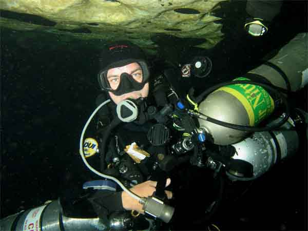 Dayo Scuba - TJ at Eagle's Nest - Orlando Scuba Dive Center - Florida